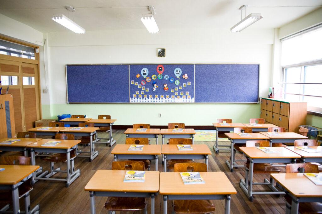 韓国の小学校 学校の様子 ブロック授業制